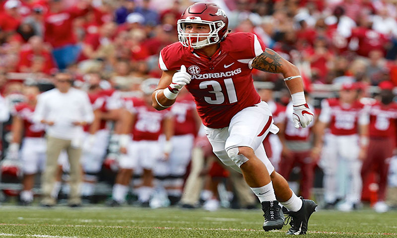 Hogs go hard in pads, praise teammates