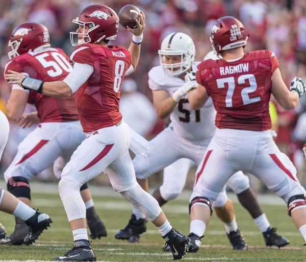 Hogs: SEC honors utility lineman Ragnow; notes