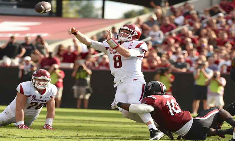 Hogs: defending Bama's QB a real pain