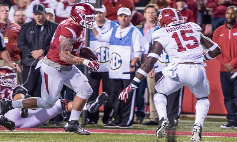 Hogs: Tight end Cantrell brings tenacity