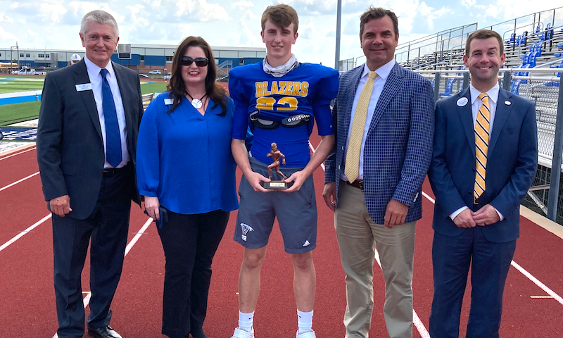 Valley View linebacker Kannon Jones - FCB Scholar Athlete of the Week