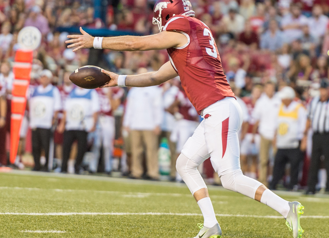 Hogs: Seeing your punter vs. #1 Bama not all bad; notes