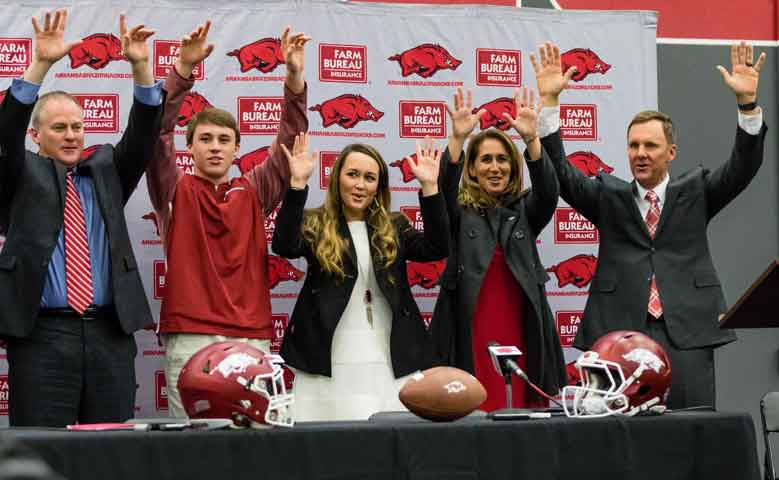 Hogs: Morris compares UA to Clemson in 2010